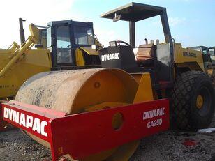 дорожній коток DYNAPAC CA301D